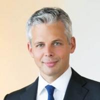 Dr. Stefan Schultes-Schnitzlein
